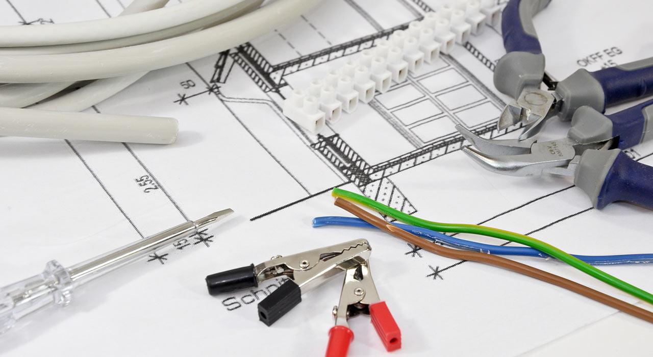 Die Elektrik im Haus: Was Sie selbst machen dürfen und wofür der ...