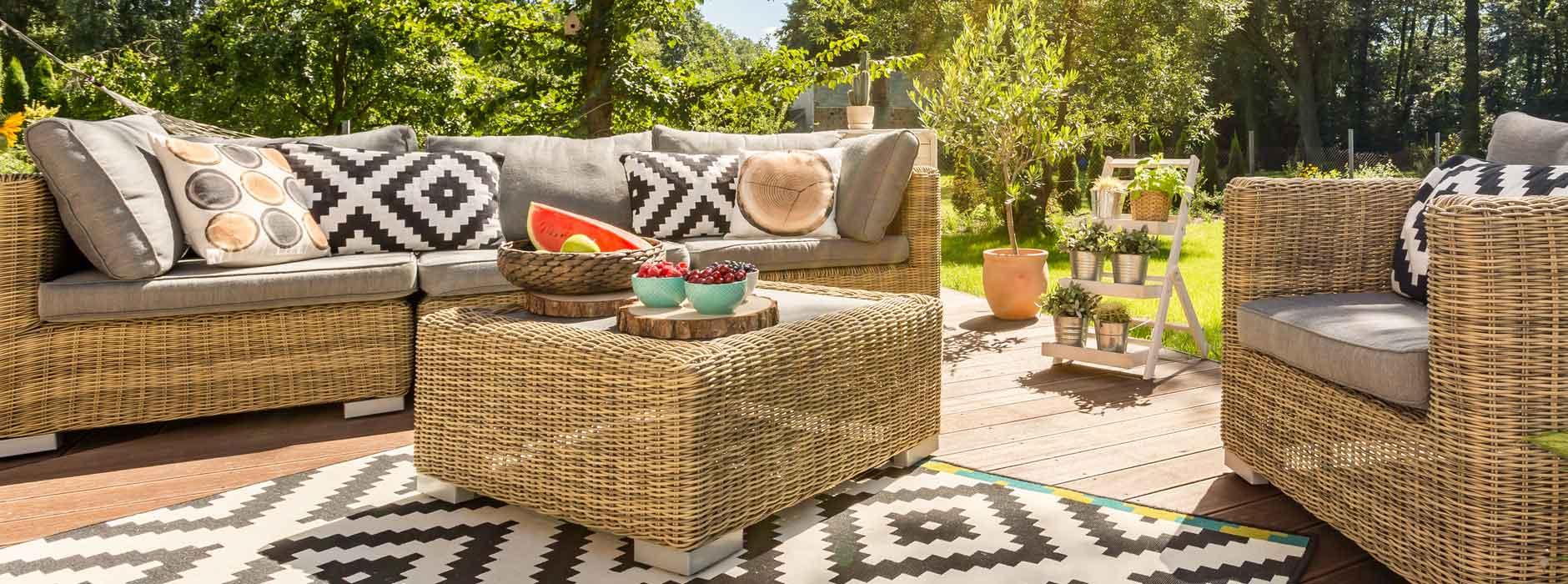 teak, bambus, plastik? die beste materialwahl für ihre gartenmöbel, Gartengerate ideen